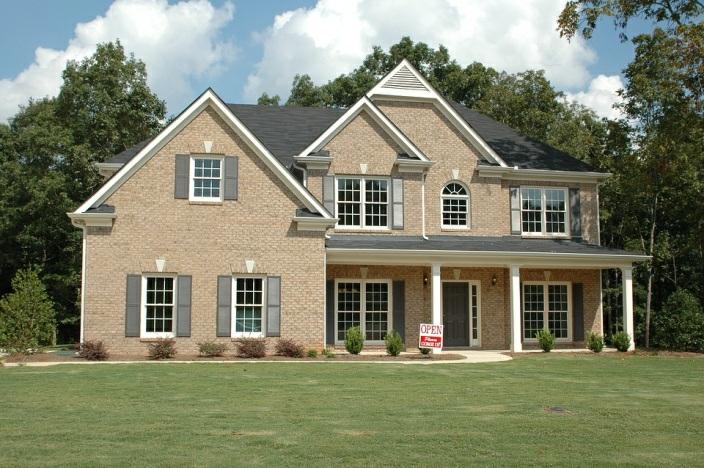 Errores comunes que debe evitar al vender una casa