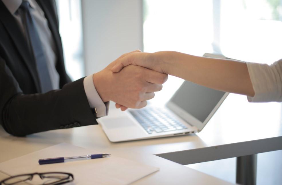 Qué es el contrato de reserva de una vivienda y qué requisitos se deben cumplir