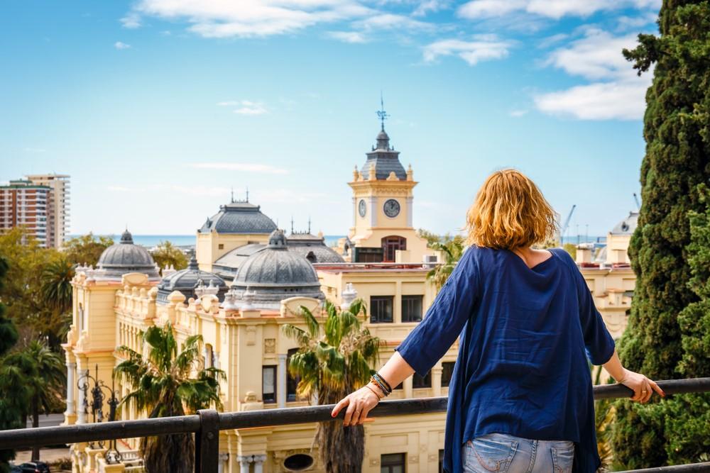 Me mudo a Málaga, ¿cómo me doy de alta a la luz?
