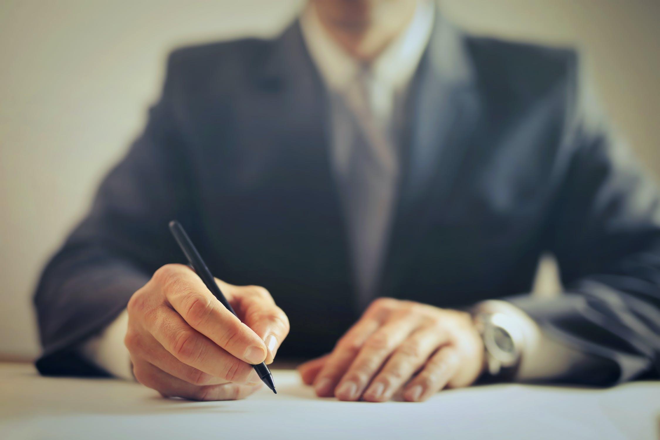 ¿Qué es y cómo funciona una carta de intención de compra de un inmueble?